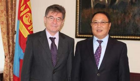 ОХУ-аас Монгол Улсад суугаа онц бөгөөд бүрэн эрхт элчин сайдыг хүлээн авч уулзав