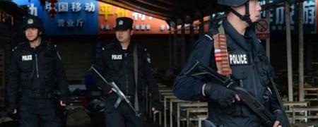 Хятадын эрх баригчид мэдээлэл худалдан авна