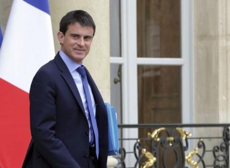Францын засгийн газар бүрэн бүрэлдэхүүнээрээ огцорлоо