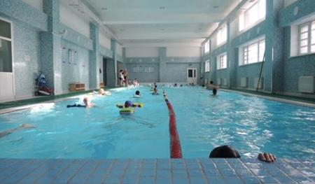 Баянгол дүүрэг усан спорт, сургалтын төвтэй боллоо