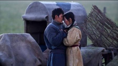 """""""Чонон сүлд"""" кинонд  өнгөрсөн зууны Хятадын төрийн хар бодлогыг өмөөрөх өнгө аяс шингэжээ"""