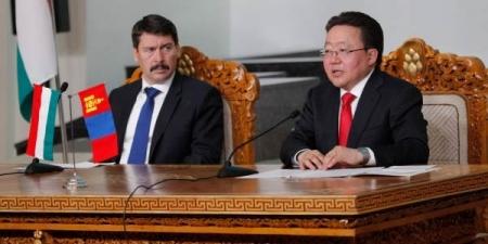 Унгар Улс Монголын бүтээгдэхүүний ложистикийн төв байж болно