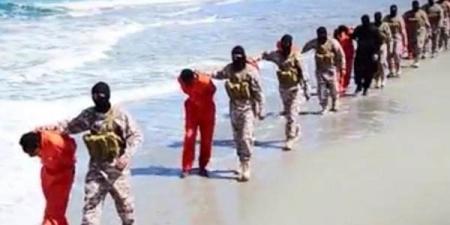 """""""Лалын улс""""-ын алан хядагчид христийн шашинт 30 хүнийг цаазаар авлаа"""