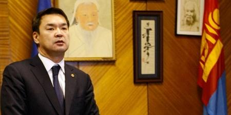 Монгол Улсын Ерөнхий сайд Ч.Сайханбилэг Арабын Нэгдсэн Эмират улсад ажлын айчлал хийхээр мордлоо