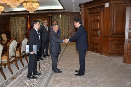 З.Энхболд Японы банкны удирдлагатай уулзав