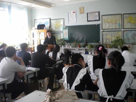 Орон нутгийн дунд ангийн сурагчдын амралтын хугацааг сунгажээ