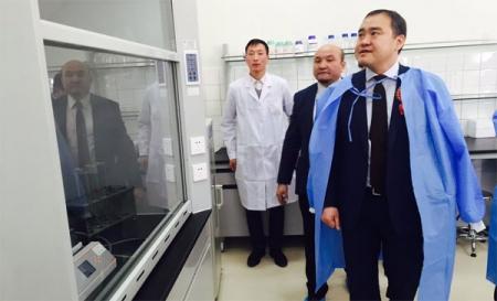 Монгол-Хятадын молекул биологийн хэрэглээний хамтарсан лабораторийн нээлт боллоо