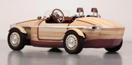 Toyota компани модон эх биетэй автомашин танилцуулна