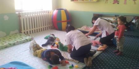 Хөгжлийн бэрхшээлтэй хүүхдүүд байрнаасаа хөөгджээ