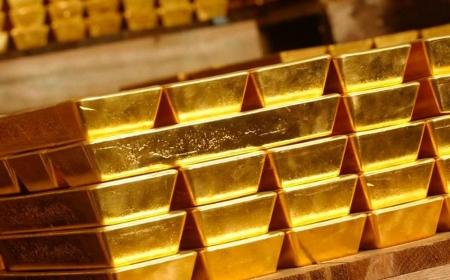Монголбанк 25 тонн алт авах зорилт тавьжээ