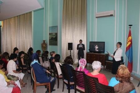 Монголын уламжлалт урлагийг танилцуулав
