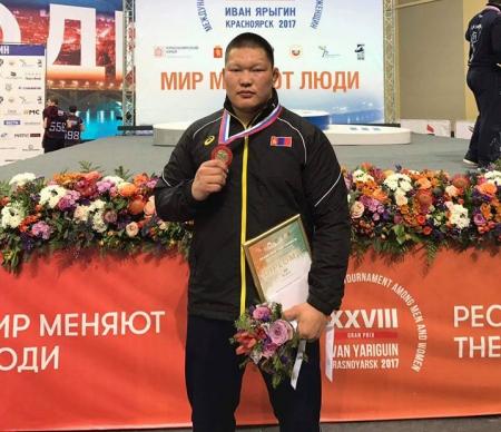 Н.Золбоо: Тамирчин хүний хамгийн том баяр бол медаль аваад, шагналын тавцан дээр зогсох л юм даа