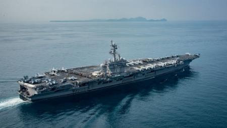 """""""Карл Винсон"""" хөлөг онгоц Япон тэнгист орж ирлээ"""