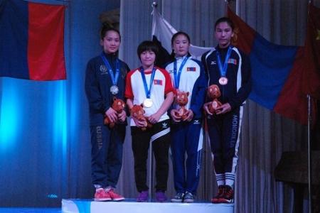 Өсвөрийн тамирчид 12 алтан медаль хүртэв