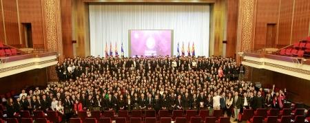 """850 сурагч """"Иргэний андгай"""" өргөнө"""
