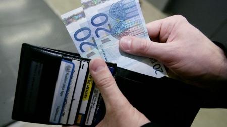 Европын холбоонд аль улс хамгийн өндөр цалинтай вэ