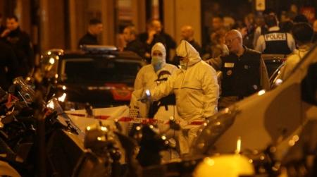 Парис хот халдлагад өртлөө