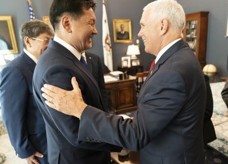 Монгол, Америкийн харилцаа шат ахилаа