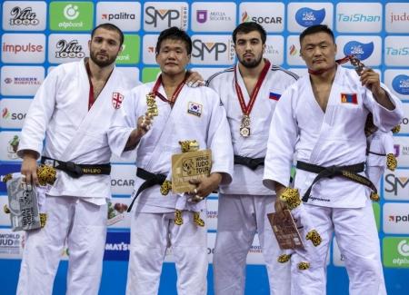 ВИДЕО: Л.Отгонбаатар дэлхийн аваргыг ялж, хүрэл медаль хүртэв