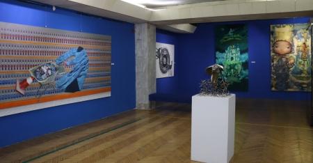ФОТО: Дүрслэх урлагийн шилдэг бүтээлүүдийг дэлгэлээ