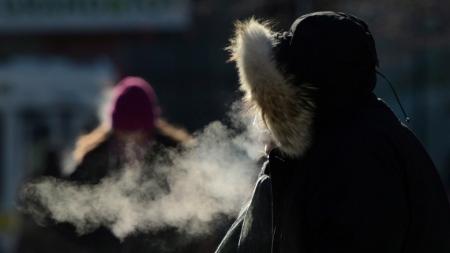 Улаанбаатарт 1-3 хэм хүйтэн
