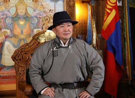 """""""Мөнх тэнгэр Монгол төрийг өнөд ивээж, Монгол түмнийг ашид тэтгэх болтугай!"""""""