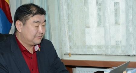 Сайд асан М.Сономпилд холбогдох хэргийг прокурорт буцаажээ