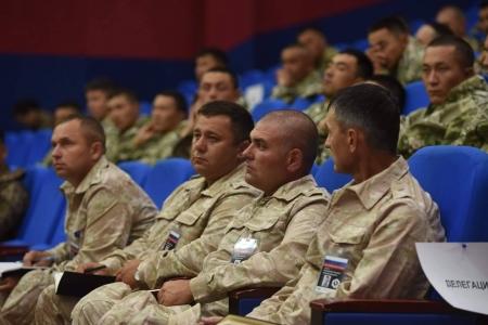 """""""Аравт""""-д оролцохоор ОХУ, Казахстан, Киргиз улсын багууд ирлээ"""