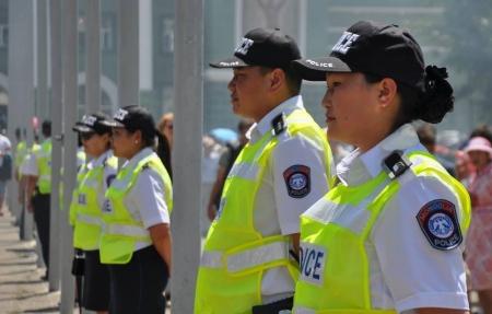 Цагдаагийн бие бүрэлдэхүүн албаны бэлэн байдалд ажиллаж байна
