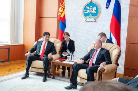 В.Путин: Хоёр улсын худалдаа, эдийн засгийн хамтын ажиллагааг дорвитой хөгжүүлэх боломж байгаа