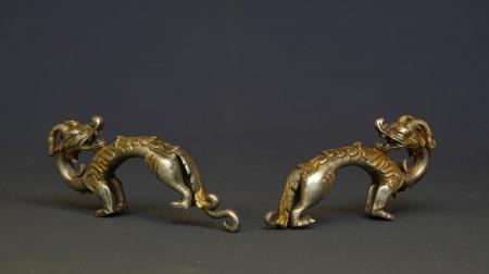 Археологчид Монголоос алт, мөнгөн лууны баримал олжээ
