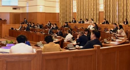 Зэвсэгт хүчний Жанжин штабын даргын томилгоог хэлэлцэж байна