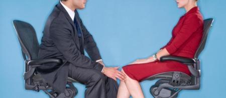 Ажлын байрны бэлгийн дарамтад 3 эмэгтэй тутмын нэг нь өртөж байна