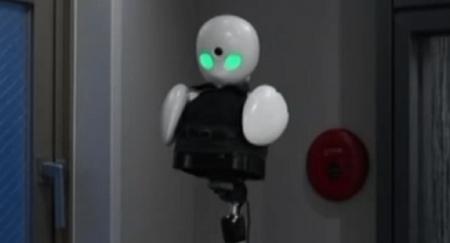 Хөгжлийн  бэрхшээлтэй хүнд тусалдаг ухаалаг робот