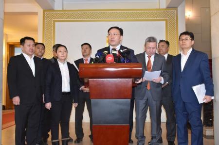 Ж.Батзандан: Шинэ, шударга эвслийг байгуулах суурийг тавихаар монголын улс төрийн намууд нэгдэж байна