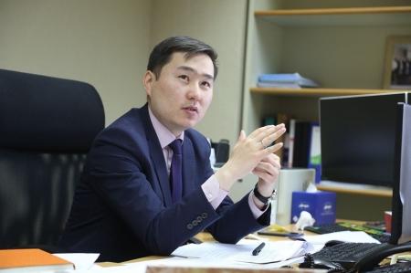 Б.Батдаваа: Төв банкны судалгаа болон статистик мэдээллүүд бодлогын шийдвэр гаргалтын маш чухал суурь болдог