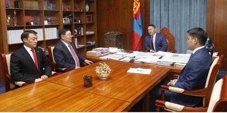 Монгол Улсын Ерөнхий сайдыг нэр дэвшүүлэхээр зөвшилцөх саналыг өргөн барилаа