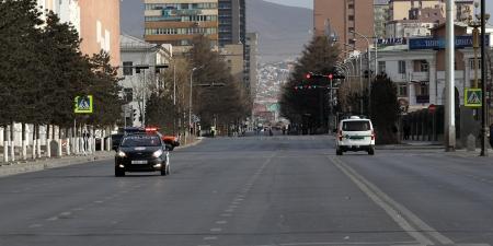 Худалдаа, үйлчилгээний байгууллагын цагийн хязгаарыг 07:00-20:00 цагаар тогтоож, замын хөдөлгөөнд 06:00-22:00 цагийн хооронд оролцуулна