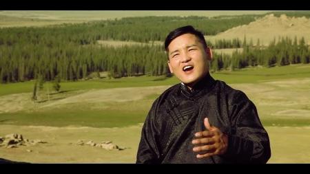 У.Мөнх-Ундрах: Би гурван бадаг дуунаас л аз жаргалыг мэдэрдэг хүн