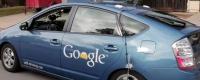 """""""Google""""-ийн жолоочгүй машин хотын хөдөлгөөнд саадгүй оролцов"""