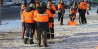 Зам талбай, хорооллын доторх цас мөсийг тогтмол цэвэрлэхийг үүрэг болголоо