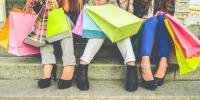 Гурван гийгүүлэгч: Дэлгүүр хэсэцгээх үү