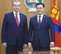 Зам, харилцааны сургуульд суралцах монгол оюутны тоог нэмлээ
