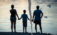 Ж.Үйлст: Гэр бүл салалт 3-12 насны хүүхдэд хамгийн хүнд тусдаг