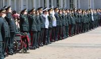 ФОТО: Алтан мөрдэст генералуудад хүндэтгэл үзүүллээ