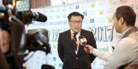 Сэтгүүлчдийн зангиагүй уулзалтын үеэр МУХБ-ны гүйцэтгэх захирал Б.Батбаярын тавьсан илтгэл
