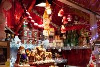 """Шөнийн гудамжинд """"Зул сарын баярын худалдаа"""" явагдана"""