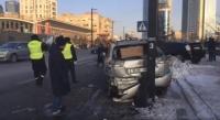 Согтуу жолооч нэг дор 11 машинтай мөргөлджээ