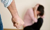 Гэр бүлийн хүчирхийлэл үйлдсэн 924 хүнд баривчлах шийтгэл оноожээ