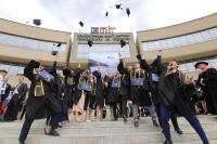 Олон улсын стандартаар бэлтгэгдсэн анхны инженерүүд дипломоо гардаж авлаа